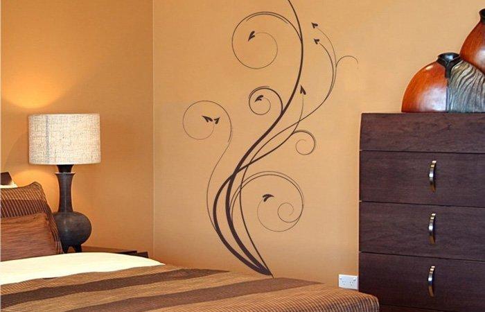 Jak vybrat samolepku na zeď ložnice?