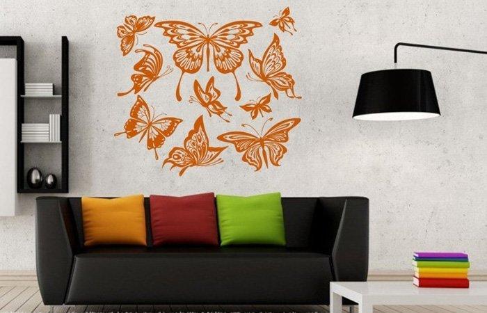 Do jakého pokoje se hodí samolepka na zeď s motýlem?